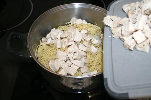 15 - Hähnchenwürfel addieren / Add diced chicken