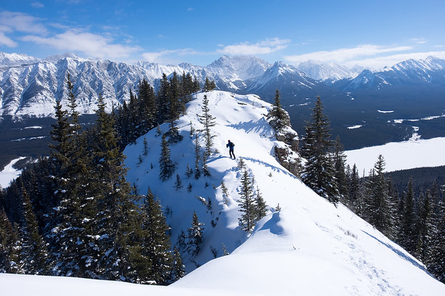Snowshoeing - Gypsum Ridge - Feb 2019-9