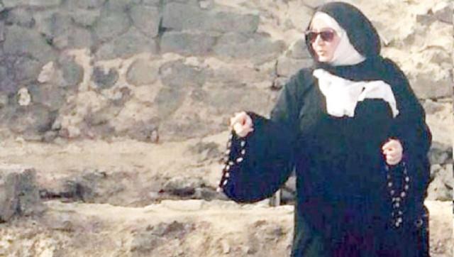 3487 Ayesha Khaja - The first Saudi woman tourist guide in Madina
