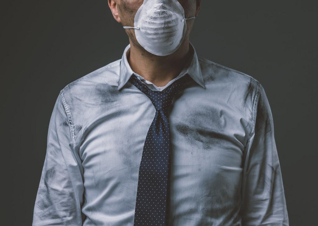 即便現代人約有90%時間處在室內,但會受到室內和室外汙染物影響。圖片來源: stokkete / envato
