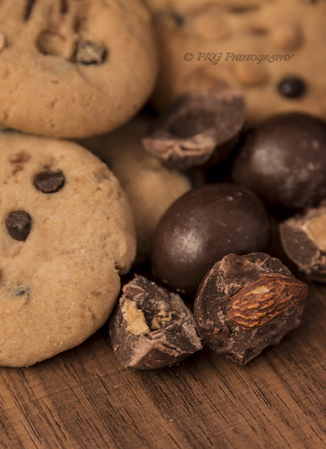 Chocolate & Cookies... nothing more nothing less...