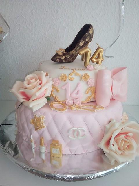 Cake by San Dra