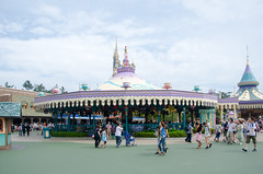 Photo 12 of 30 in the Day 14 - Tokyo Disneyland and Tokyo DisneySea album