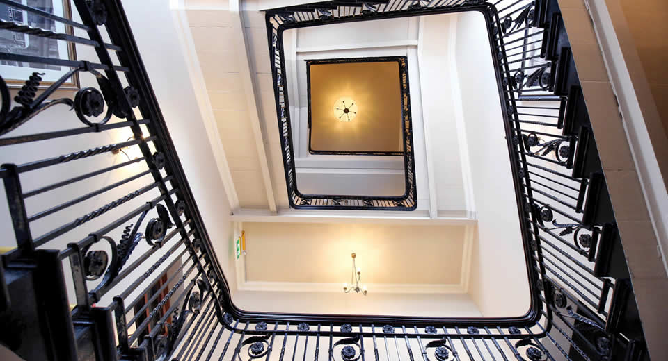 Leuk hotel in Belfast: Titanic Hotel Belfast (foto met dank aan Titanic Belfast Hotel) | Mooistestedentrips.nl