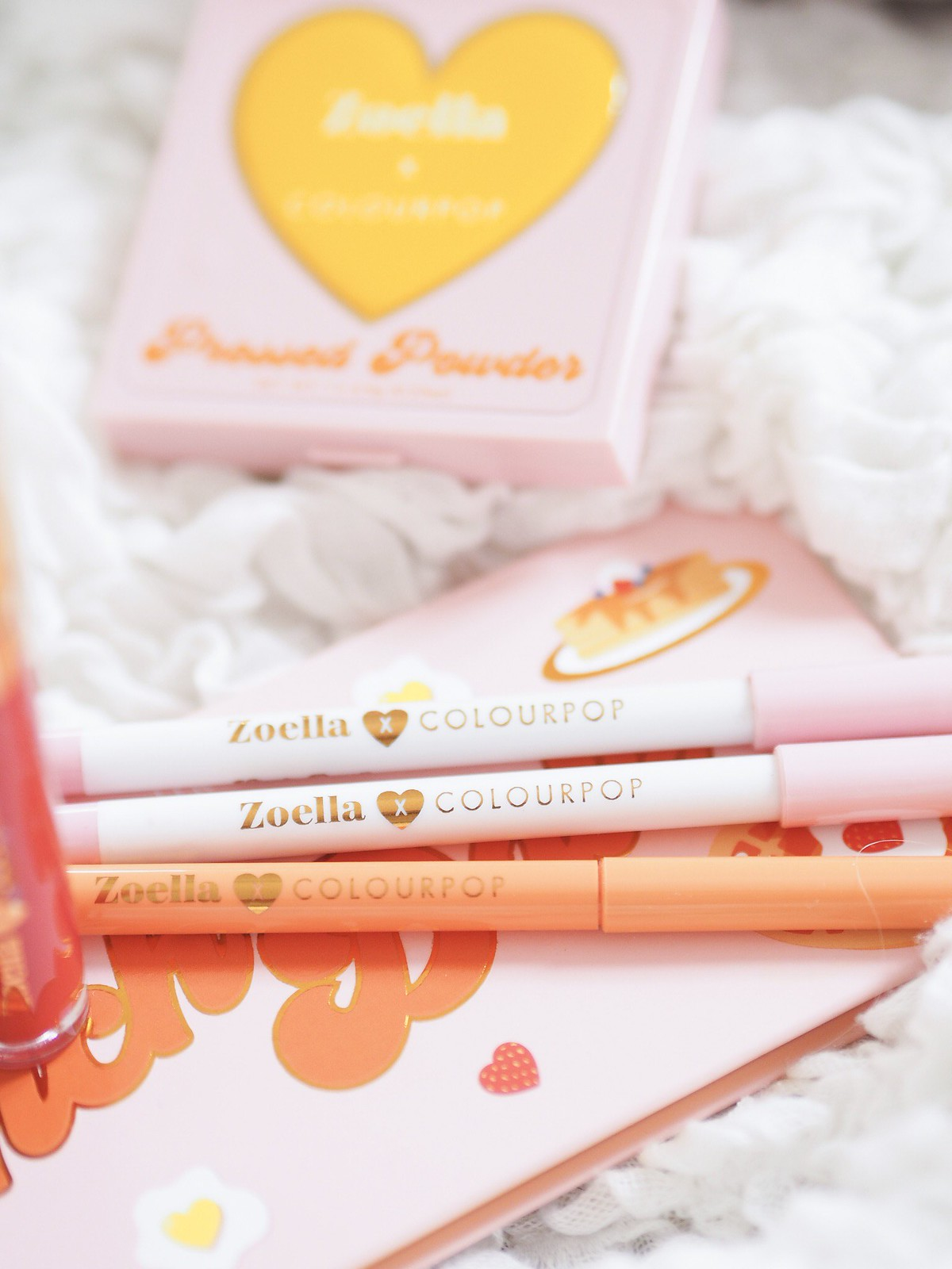zoella x colourpop make up