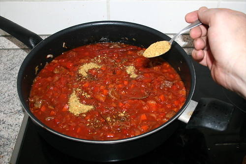 33 - Gemüsebrühe einstreuen / Add instant vegetable stock