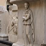 Rilievi con Province e trofei d'armi dal tempio di Adriano a Piazza di Pietra - https://www.flickr.com/people/82911286@N03/