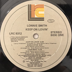 LONNIE SMITH:KEEP ON LOVIN'(LABEL SIDE-A)