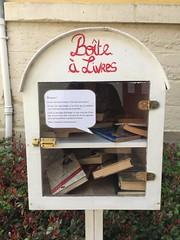 boîte à livres Pont l'Eveque - Photo of Pont-l'Évêque
