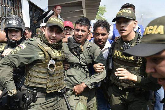 Declarações de militares desertores expõem complô internacional contra a Venezuela