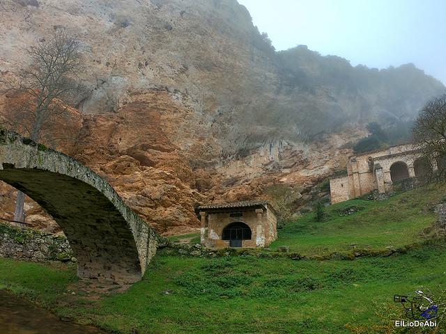 Disfrutando de Tobera y sus cascadas (4)