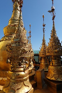 Mount Popa,Taung Kalat Buddhist Monastery (5)