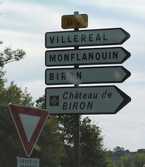 Directions ot Biron - Photo of Vergt-de-Biron