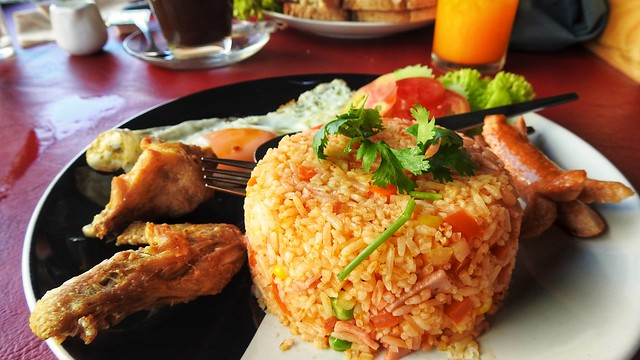 Yay.  American-Fried Rice for Breakfast