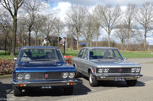 2x FIAT 130 3200 Berlina