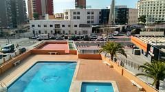 Maravillosa vivienda situada cerca de todos los servicios.  Solicite más información a su inmobiliaria de confianza en Benidorm  www.inmobiliariabenidorm.com