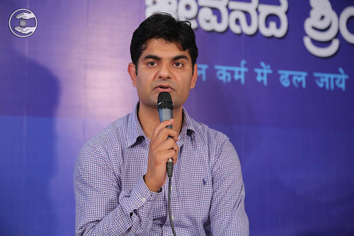 Stage Secretary, Sandeep Chaudhary from Bangalore