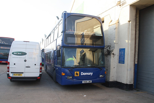 Go South Coast (Damory) 1101 YN06JWD
