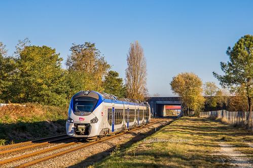 19 novembre 2018  B 84663  Train 864801 La Rochelle-Porte-Dauphine -> Bordeaux-St-Jean St-André-de-Cubzac (33)