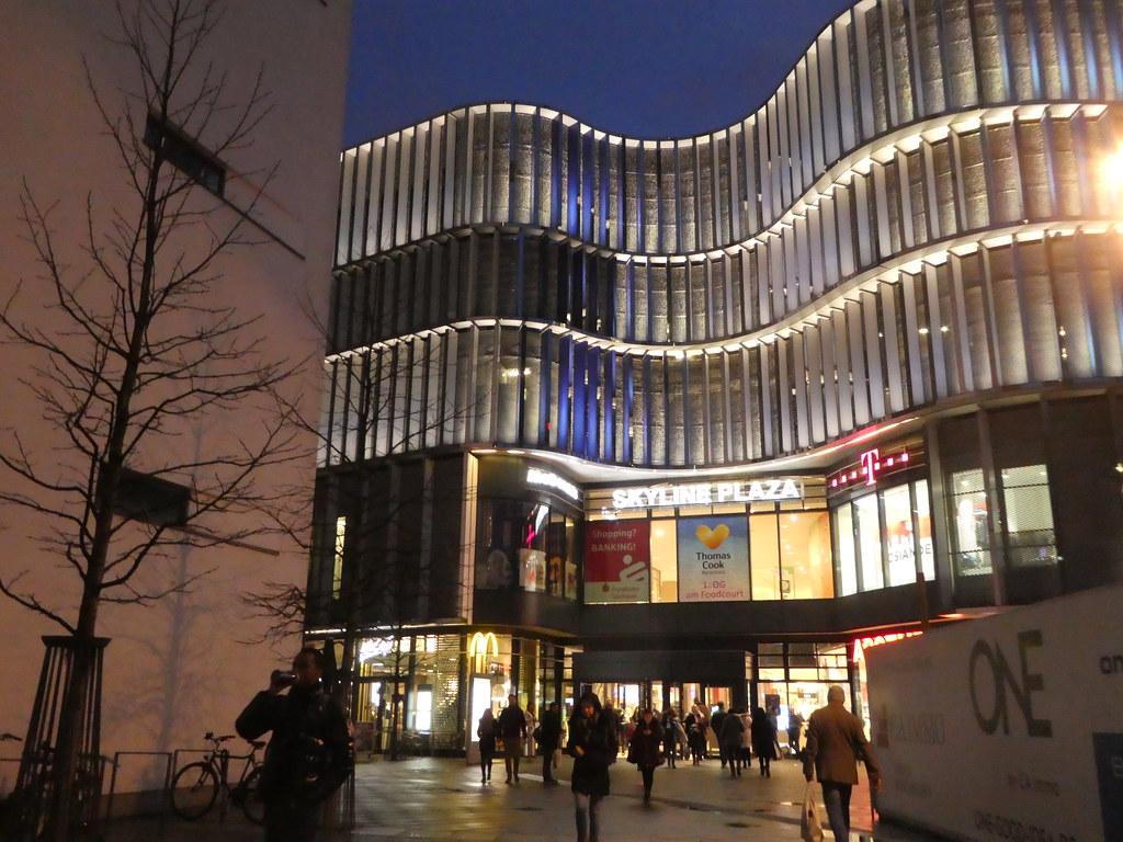 SkyView Plaza Shopping Mall, Frankfurt