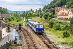 14 juin 2010 x 2125-96212-2150 Train 870156 Capdenac -> Brive Saint-Denis-Prés-Martel (46) - Photo of Montvalent