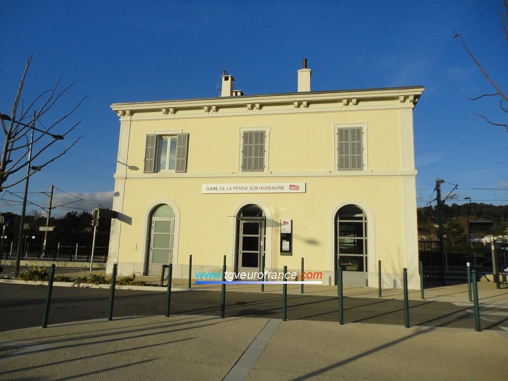 La gare SNCF TER PACA de La Penne-sur-Huveaune