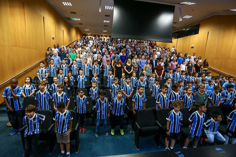 Premiação Aluno Nota 10 - Escola de Futebol Grêmio