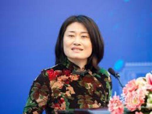劳燕东:沉默代表的不是中立,而是顺从