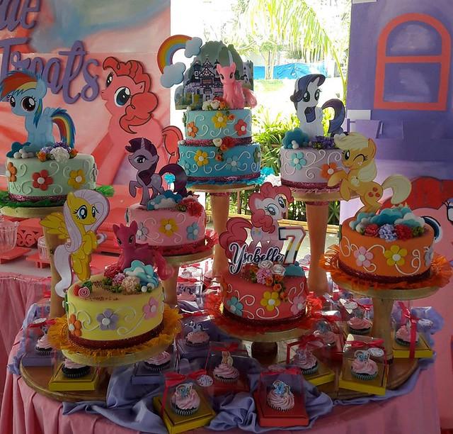Cake by Maj Rañeses