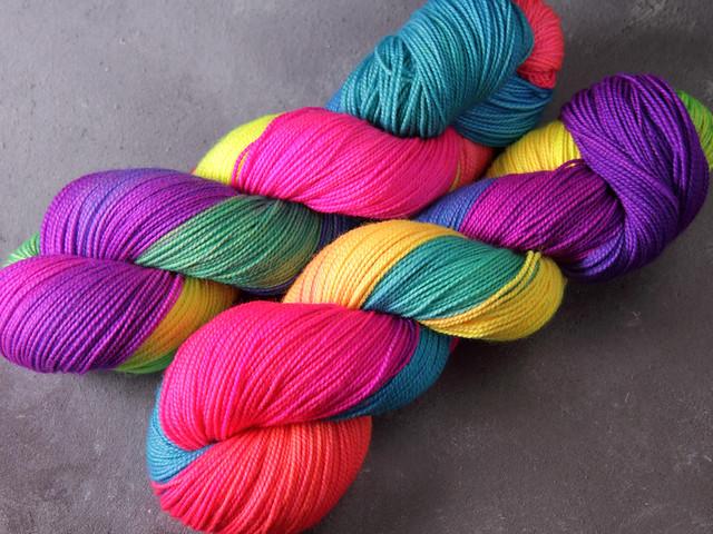 Favourite Sock – pure merino 4 ply/sock superwash wool hand-dyed yarn 100g – 'Glow Sticks'