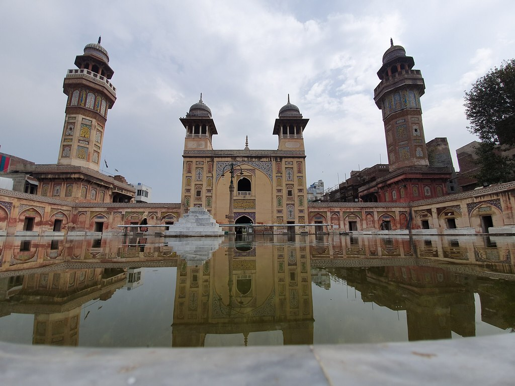 Wazir Khan Mosque Shot with ultra-wide angle lens on samsung galaxy S10 plus