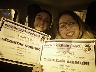 21 Liliana Gelao e Lucianna Ariemma con il diploma