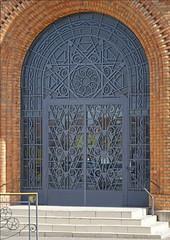 Le portail de la poste (Saint-Quentin, France)