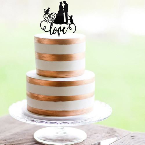 Couple and Cats Cake Topper | by vivianitopia