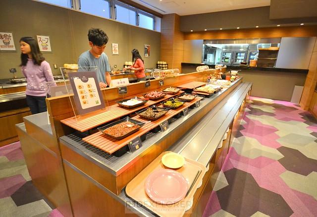 ibis styles sapporo buffet breakfast