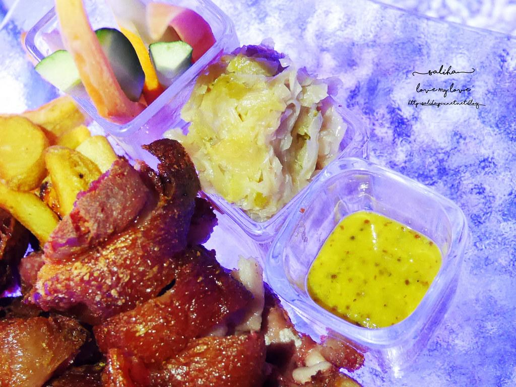 台北陽明山夜景景觀餐廳THETOP屋頂上池畔座位好吃餐點義大利麵牛排排餐德國豬腳推薦 (6)