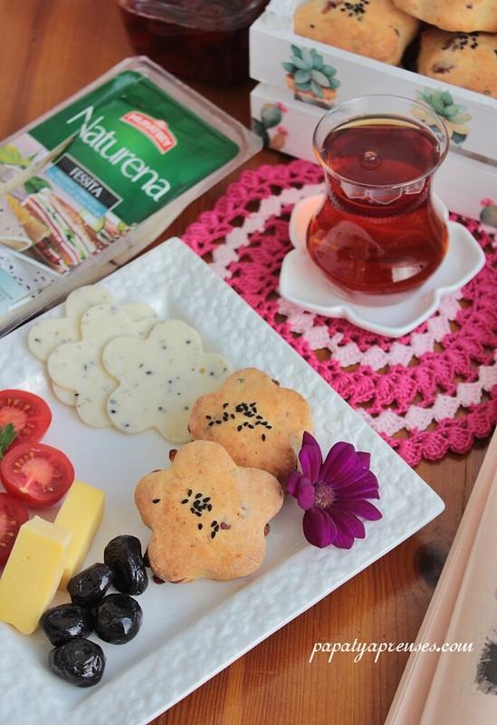 peynirli biskuit 011