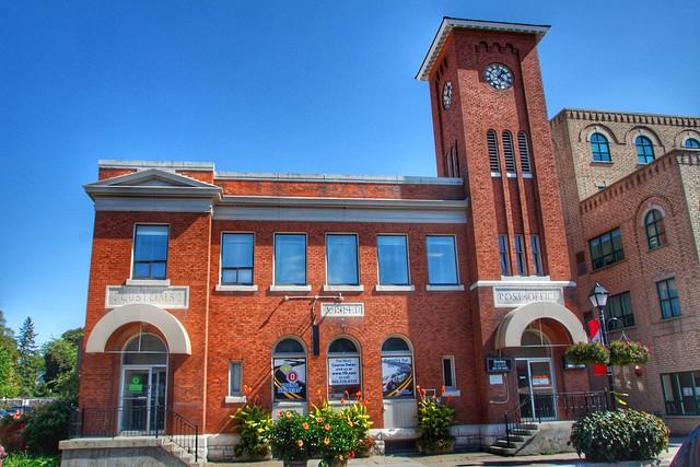 Aurora Ontario - Canada - Post Office and Custom Building  - Heritage 1914