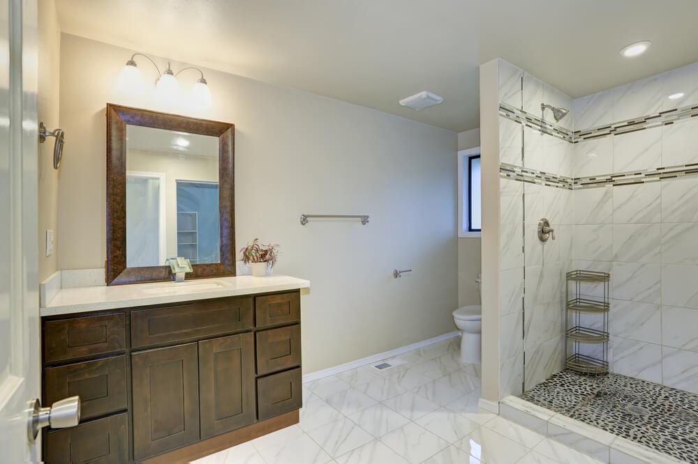 desain ruang shower untuk kamar mandi minimalis modern