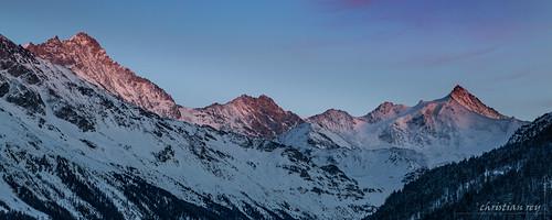 Dernières lumières sur les sommets (Switzerland)