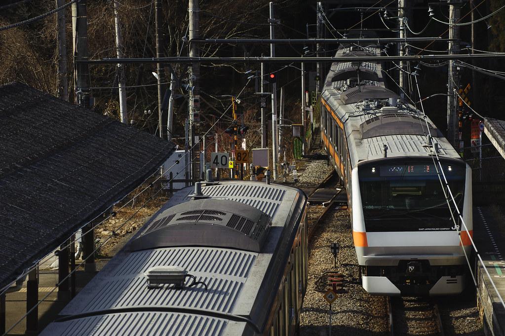 """山で行き交う""""E233"""""""