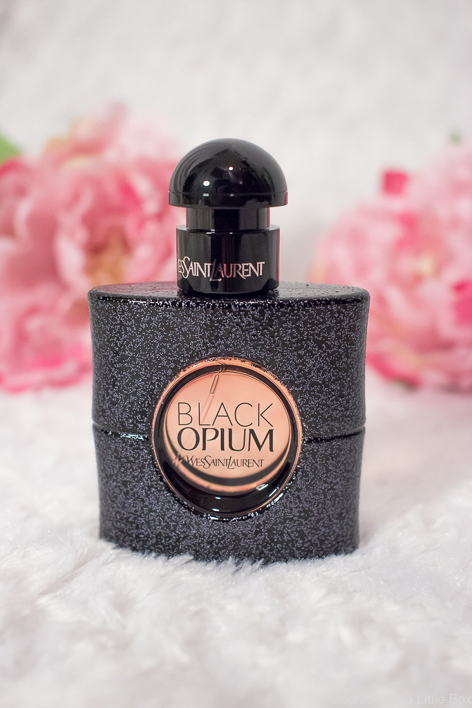 Yves_Saint_Laurent_Black_Opium_Parfum-6
