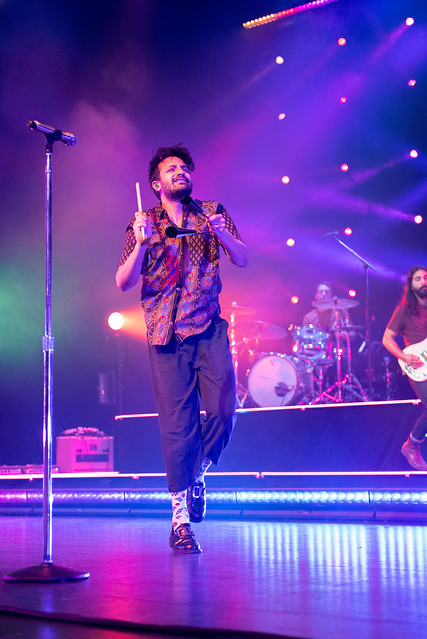 Young The Giant- Nina Barroso Ramos (03/03/19)