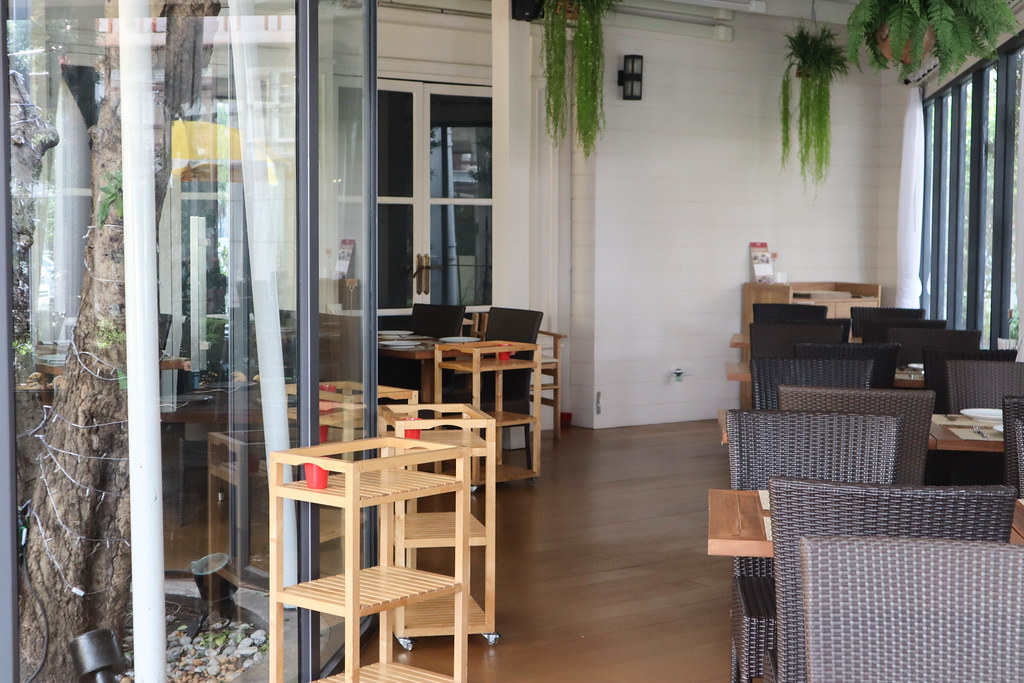 Savoey Restaurant A Square Sukhumvit 26 (35)