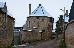 La chapelle de l'ancien prieuré Saint Cosme à Chablis 12e siècle - Photo of La Chapelle-Vaupelteigne
