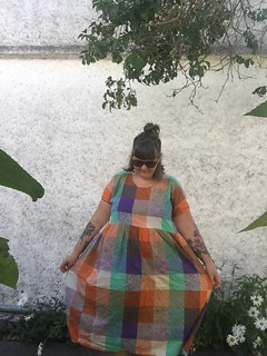 SewDIY Lou Box Top dress hack plus size review