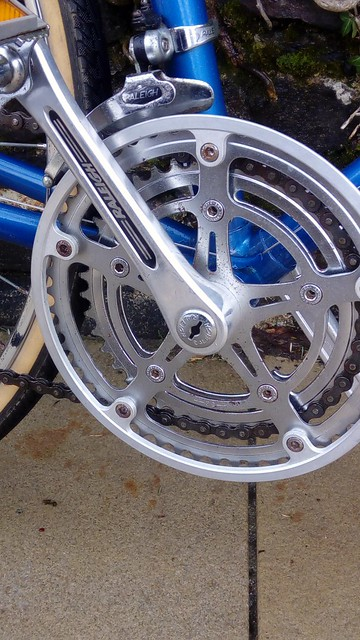 Raleigh cotterless chainset