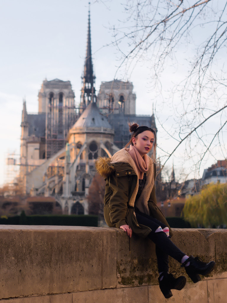 related image - Shooting Casual Kuroe - Bords de Seine - Paris -2018-12-17- P1444557