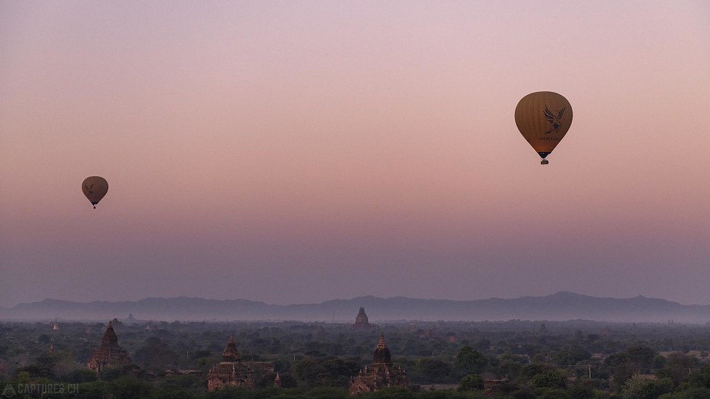 Ballons in the air - Bagan
