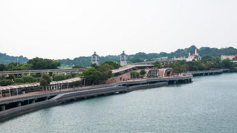 The bridge to Sentosa